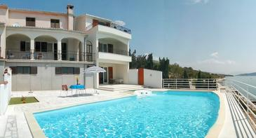 Seget Vranjica, Trogir, Property 2571 - Apartments by the sea.
