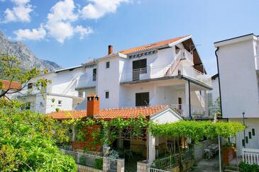 Podaca, Makarska, Obiekt 2575 - Apartamenty przy morzu ze żwirową plażą.