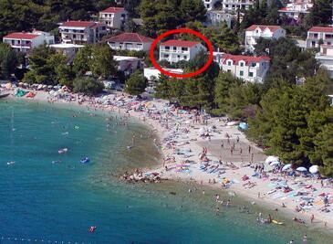 Baška Voda, Makarska, Property 2578 - Apartments and Rooms near sea with pebble beach.