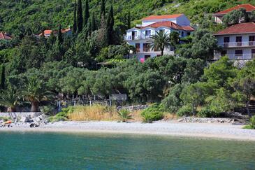 Trpanj, Pelješac, Obiekt 258 - Kwatery przy morzu ze żwirową plażą.