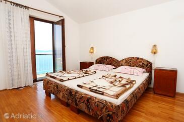 Trpanj, Ložnice v ubytování typu room, dostupna klima, dopusteni kucni ljubimci i WIFI.