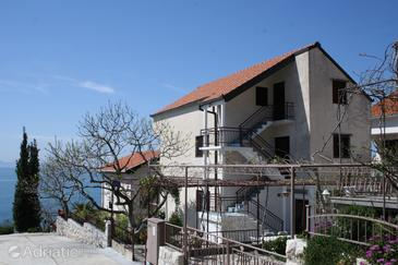 Podaca, Makarska, Property 2580 - Apartments near sea with pebble beach.