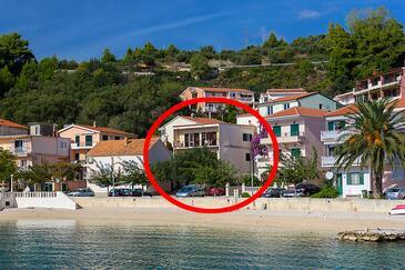 Podgora, Makarska, Objekt 2596 - Ubytování v blízkosti moře s oblázkovou pláží.
