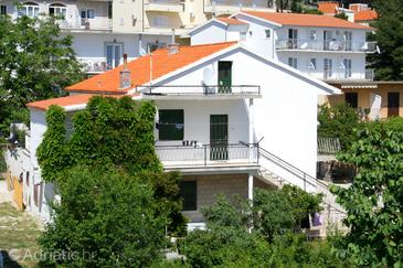 Baška Voda, Makarska, Property 2608 - Apartments near sea with pebble beach.