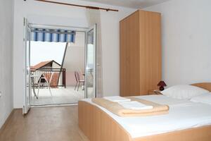 Apartments by the sea Podaca, Makarska - 2612