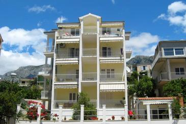 Podgora, Makarska, Property 2615 - Apartments near sea with pebble beach.