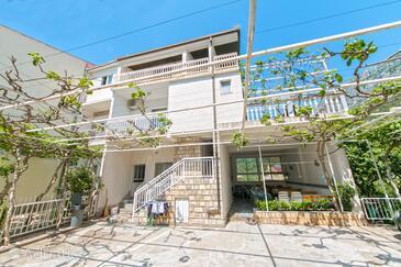 Podaca, Makarska, Property 2618 - Apartments near sea with pebble beach.