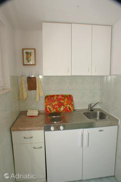Podaca, Kitchen in the studio-apartment.