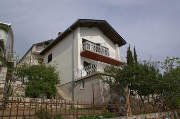 Podaca, Makarska, Obiekt 2620 - Apartamenty przy morzu ze żwirową plażą.