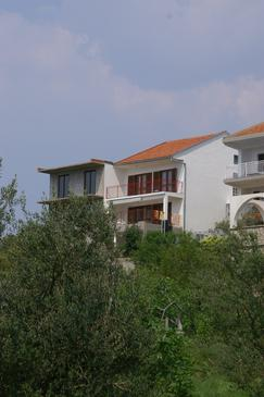 Podaca, Makarska, Property 2635 - Apartments near sea with pebble beach.