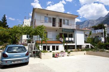 Makarska, Makarska, Property 2636 - Apartments with pebble beach.