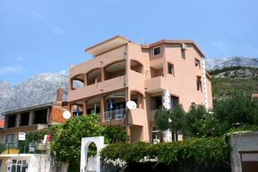 Promajna, Makarska, Property 2641 - Apartments with pebble beach.