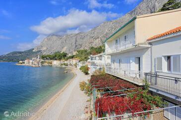 Drašnice, Makarska, Property 2644 - Apartments near sea with pebble beach.