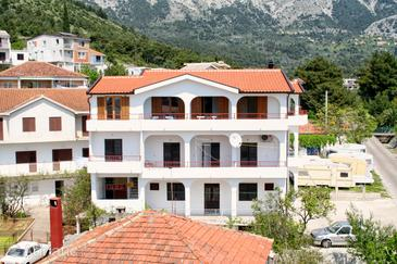 Zaostrog, Makarska, Property 2648 - Apartments near sea with rocky beach.