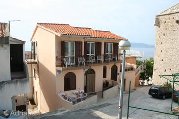 Igrane, Makarska, Property 2650 - Apartments with pebble beach.
