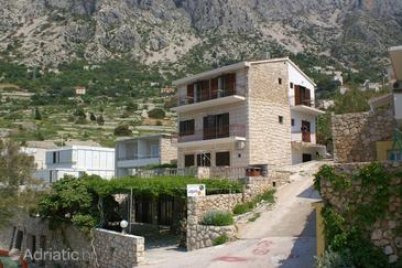 Drašnice, Makarska, Property 2659 - Apartments near sea with pebble beach.