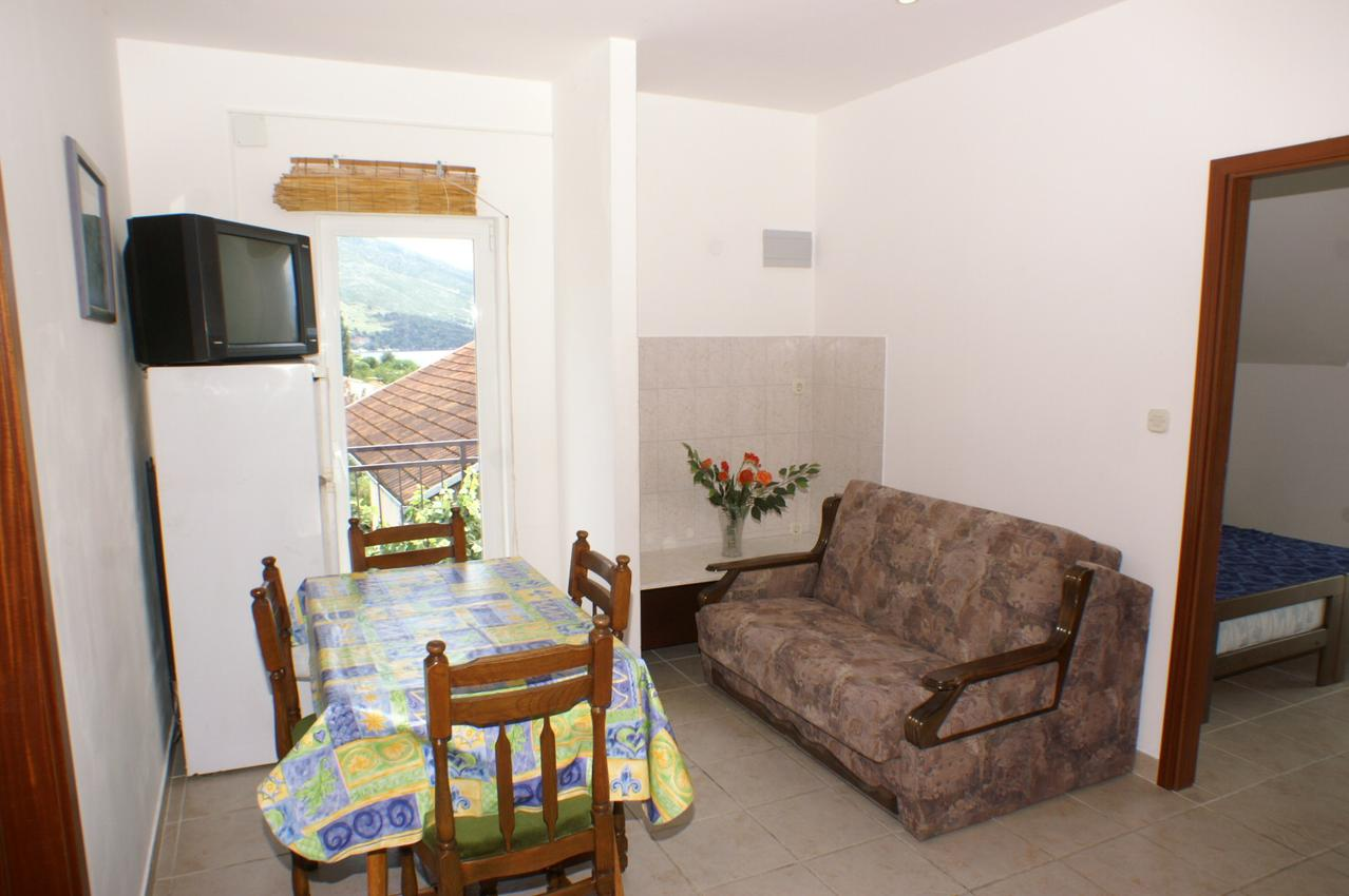 Ferienwohnung im Ort Orebi (Peljeaac), Kapazität 4+1 (1013521), Orebić, Insel Peljesac, Dalmatien, Kroatien, Bild 2