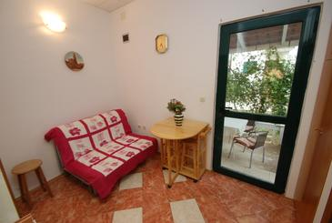 Zaostrog, Dining room in the apartment, (pet friendly) and WiFi.