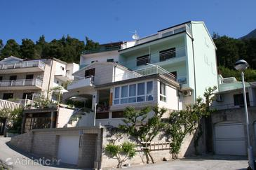 Brela, Makarska, Property 2664 - Apartments and Rooms with pebble beach.