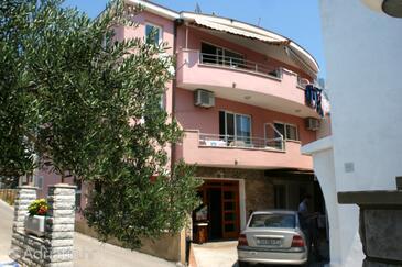Promajna, Makarska, Alloggio 2673 - Appartamenti affitto vicino al mare con la spiaggia ghiaiosa.