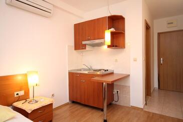 Slano, Kuchnia w zakwaterowaniu typu studio-apartment, zwierzęta domowe są dozwolone i WiFi.