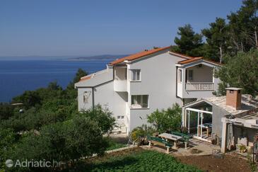 Baška Voda, Makarska, Property 2698 - Apartments near sea with pebble beach.