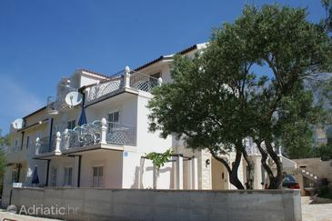 Promajna, Makarska, Property 2704 - Apartments near sea with pebble beach.