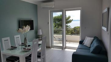Drašnice, Living room in the apartment, air condition available and WiFi.