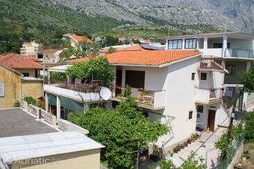Baška Voda, Makarska, Property 2724 - Apartments near sea with pebble beach.