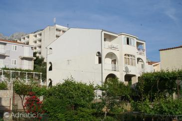 Baška Voda, Makarska, Property 2725 - Apartments near sea with pebble beach.