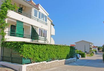 Drvenik Donja vala, Makarska, Objekt 2728 - Ubytování v blízkosti moře s oblázkovou pláží.