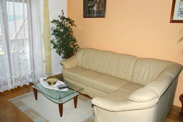 Duće, Pokój dzienny w zakwaterowaniu typu apartment, dostupna klima i WIFI.