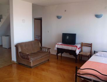 Duće, Obývacia izba v ubytovacej jednotke apartment, dopusteni kucni ljubimci i WIFI.
