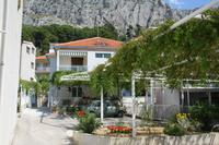 Apartments with a parking space Omiš - 2745