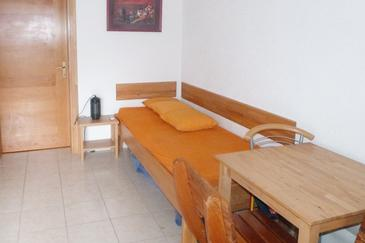 Pisak, Blagovaonica u smještaju tipa apartment, dostupna klima i WiFi.