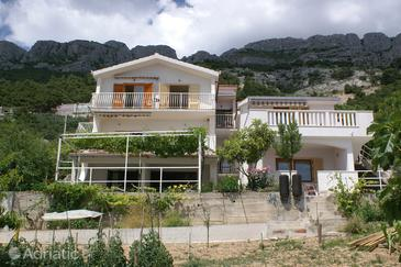 Pisak, Omiš, Property 2750 - Apartments near sea with pebble beach.