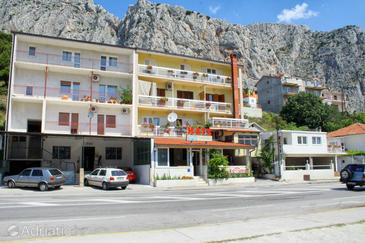 Omiš, Omiš, Object 2757 - Appartementen with sandy beach.