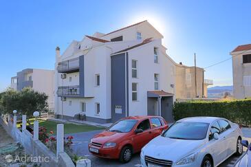 Podstrana, Split, Property 2769 - Apartments near sea with pebble beach.