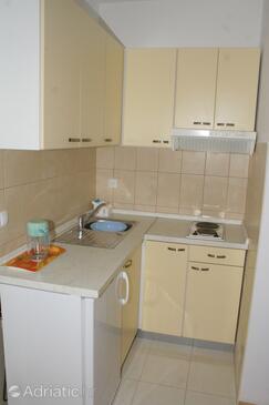 Stanići, Kuchyně v ubytování typu studio-apartment, WiFi.