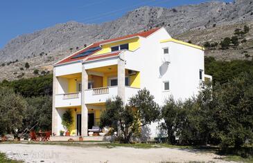 Duće, Omiš, Property 2778 - Apartments with sandy beach.