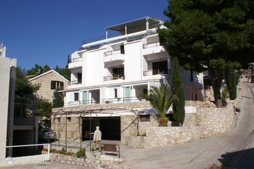 Nemira, Omiš, Property 2782 - Apartments near sea with pebble beach.