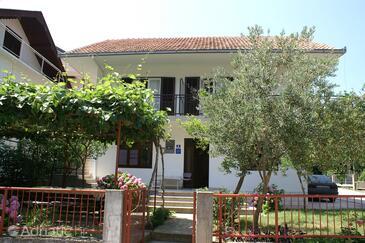 Podaca, Makarska, Objekt 2783 - Ubytování v blízkosti moře s oblázkovou pláží.