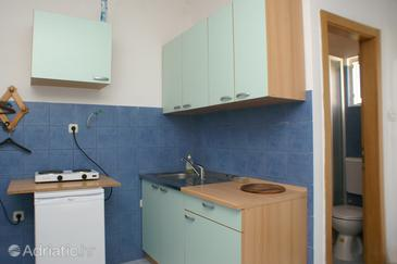 Kaštel Štafilić, Kitchen in the studio-apartment, dopusteni kucni ljubimci i WIFI.
