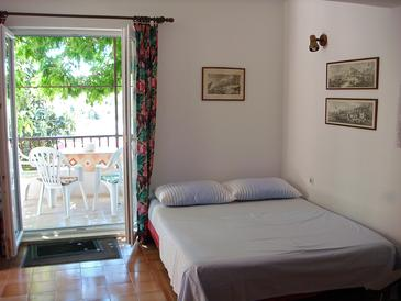 Mavarštica, Obývacia izba v ubytovacej jednotke house, dostupna klima i WIFI.