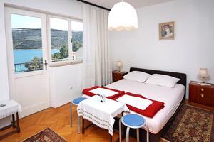 Apartments by the sea Marina, Trogir - 2791