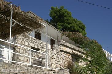 Brist, Makarska, Property 2814 - Apartments with pebble beach.