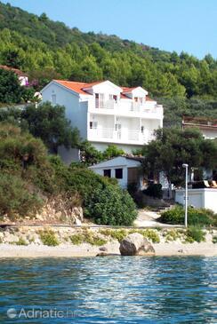 Zaostrog, Makarska, Objekt 2816 - Ubytování v blízkosti moře s oblázkovou pláží.
