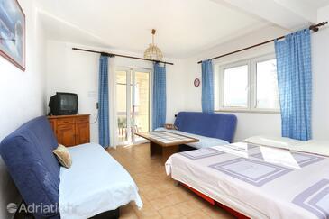 Stanići, Гостиная в размещении типа apartment, доступный кондиционер и WiFi.