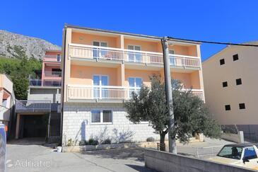 Stanići, Omiš, Объект 2818 - Апартаменты с галечным пляжем.