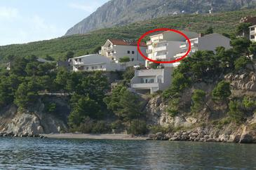 Lokva Rogoznica, Omiš, Property 2831 - Apartments near sea with pebble beach.